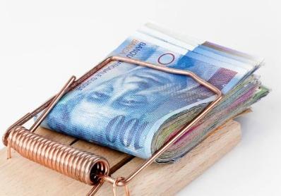 Exclusiv BankingNews: Ce valoare au creditele in franci la Volksbank, Raiffeisen Bank, Piraeus Bank, Bancpost si Banca Romaneasca si cati clienti sunt expusi