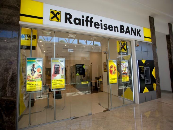 """Raiffeisen Bank România, desemnată """"Cea mai bună bancă de Investiții"""" de revista EMEA Finance"""