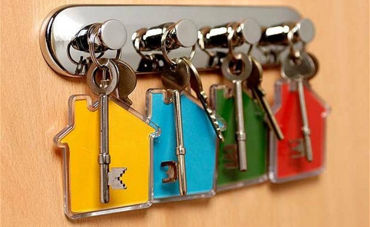 7.900 de clienți au lăsat cheia la bancă prin Legea Dării în Plată