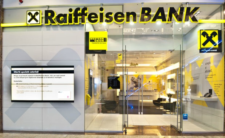 Educație financiară, în școală, prin programul Junior Achievement România, susținut de Raiffeisen Bank