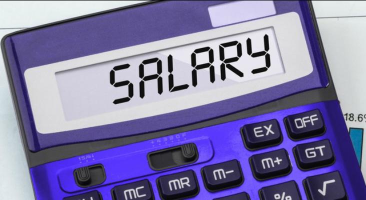Unde e cel mai avantajos să îți ții salariul? Iată ofertele tuturor băncilor care au comisioane zero