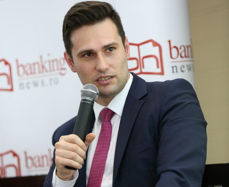 """Raiffeisen Bank a emis peste 10.000 de carduri de cumpărături co-branded eMAG. Vasile Tanasa: """"Clienții fac în medie cu 20% mai multe tranzacții cu acest instrument de plată"""""""
