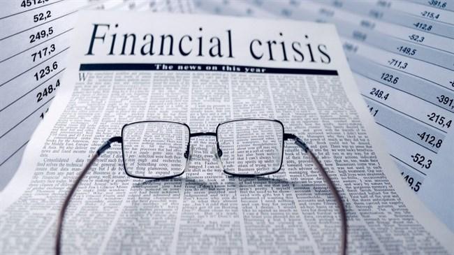 După Lehman, zece ani mai târziu, toată lumea încearcă să înțeleagă care sunt riscurile. Când vine următoarea criză?