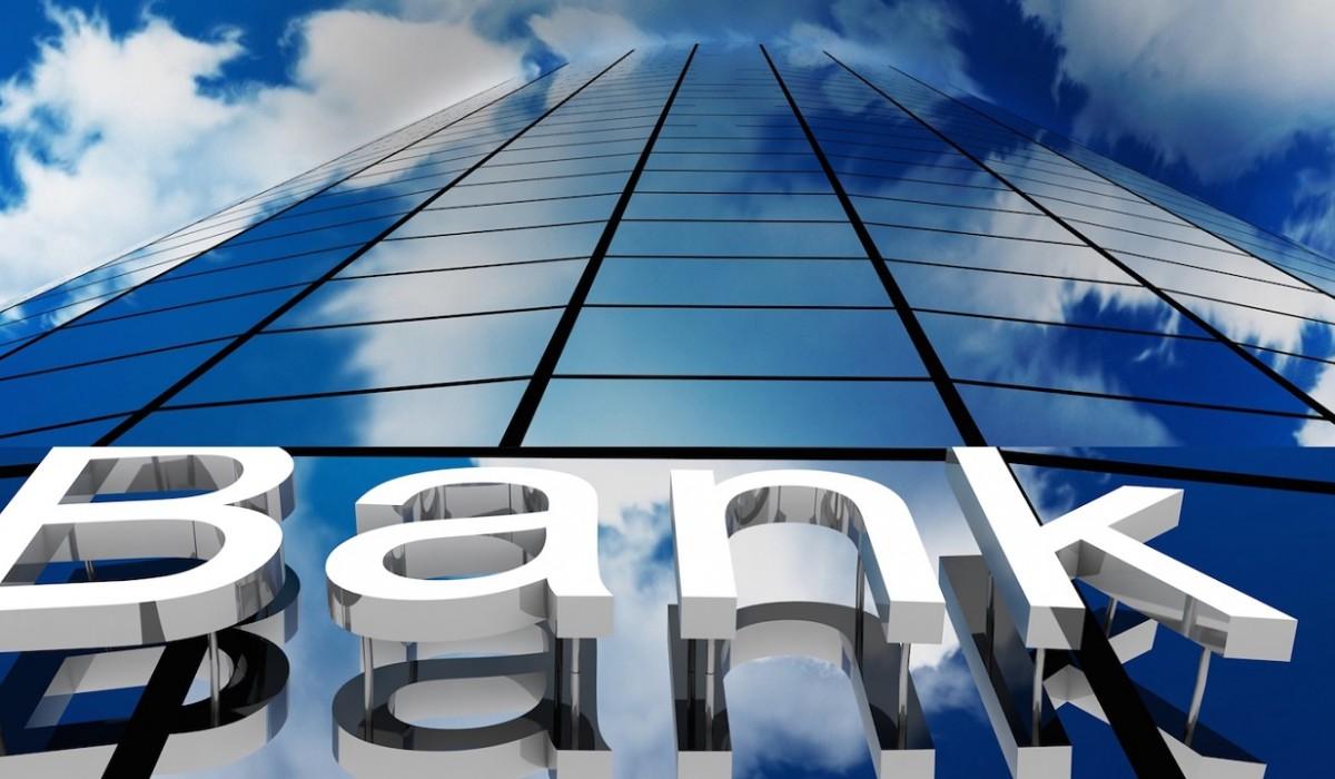 Consiliul Concurenței: debitorii care doresc să îşi refinanţeze creditele la alte bănci pentru a a avea costuri mai mici întâmpină greutăţi. Cu ce propuneri vine autoritatea