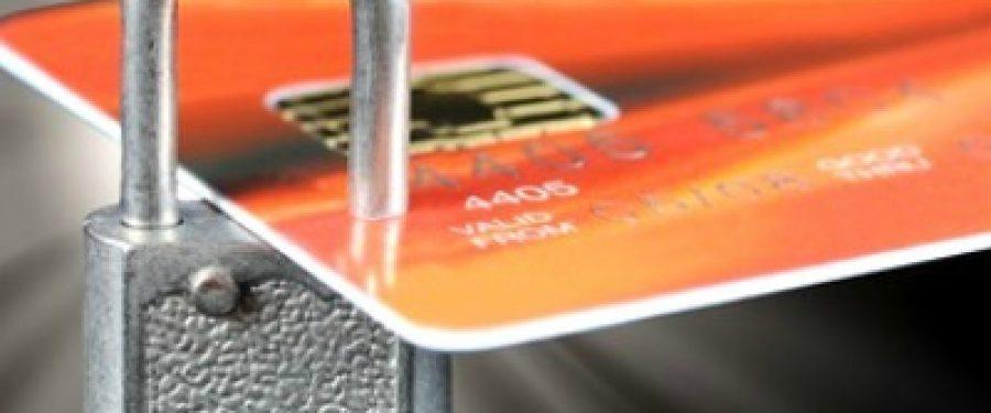 Ce banci nu taxeaza retragerea banilor de la ATM