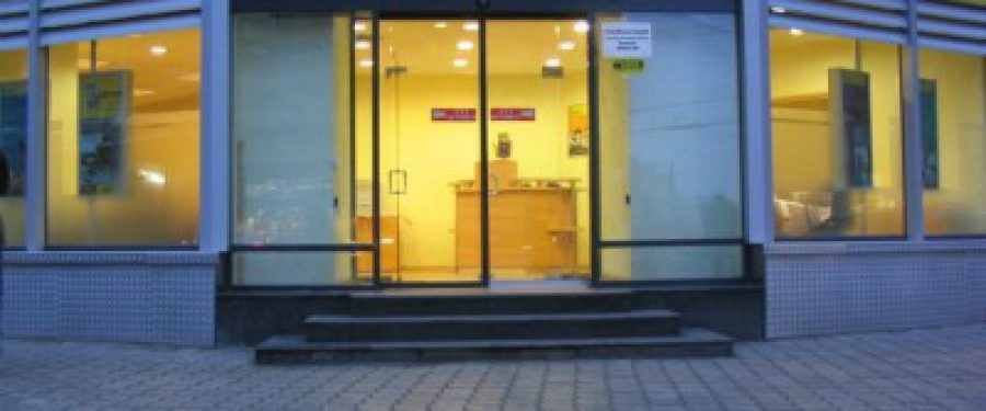 Raiffesein Bank nu mai vinde credite de nevoi in euro