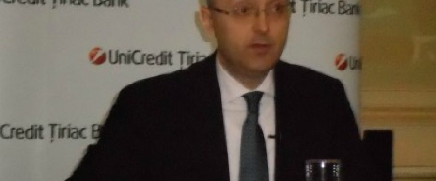 Seful UniCredit se asteapta la achizitii si fuziuni in 2013