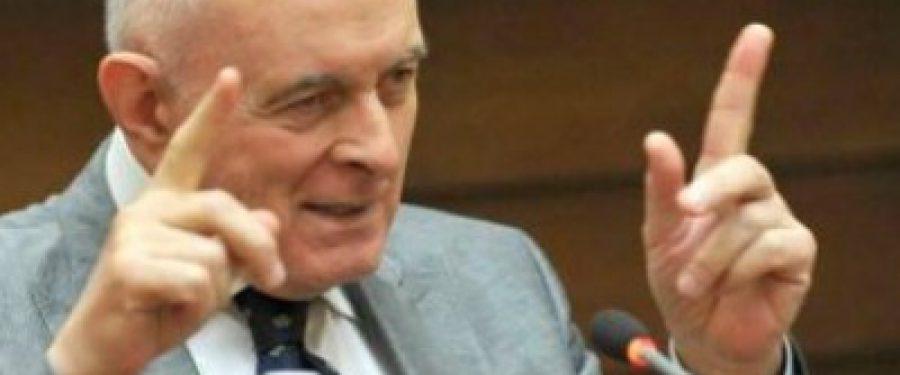 Adrian Vasilescu: BNR va face tot posibilul ca euro sa nu ajunga la 5 lei