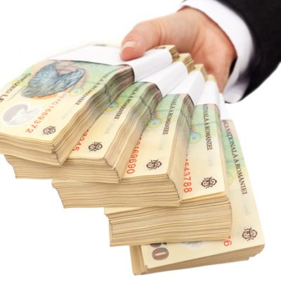Ce i-a determinat pe bancheri sa se reorienteze spre creditele in lei