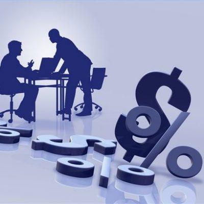 Topul comisioanelor la banci: doar doua banci din Romania nu te taxeaza pentru un cont curent de baza