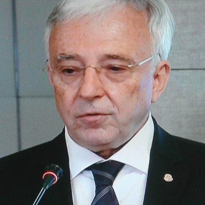 Isarescu: Fluctuatiile cursului din ultimele zile nu au fost generate de tranzactii importante, ci au avut cauze emotionale
