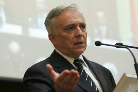Mugur Isărescu: Avem 3.907 notificări de dare în plată. 67% dintre notificări au fost contestate de bănci.