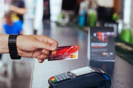 Rate egale si la magazin, cand platesti cu cardul. MasterCard va lansa optiunea de plata in rate