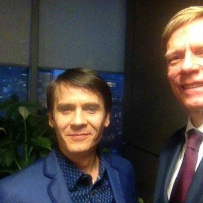SELFIE INTERVIU. O discuție calmă, dar pertinentă, cu Steven van Groningen, despre darea în plată și creditele în franci de la Raiffeisen Bank