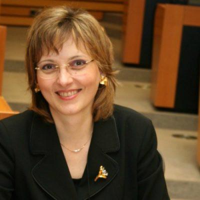 """Sindicatul Garantare cere demisia Silviei Ciornei: """"Programul Prima Casă este periclitat de inconsecvența și inconsistența deciziilor președintelui FNGCIMM"""""""