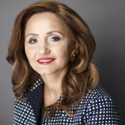 Cum faci banking la feminin: clientele femei sunt din ce în ce mai emancipate financiar, cu avere în creștere și organizată cu finanțele personale