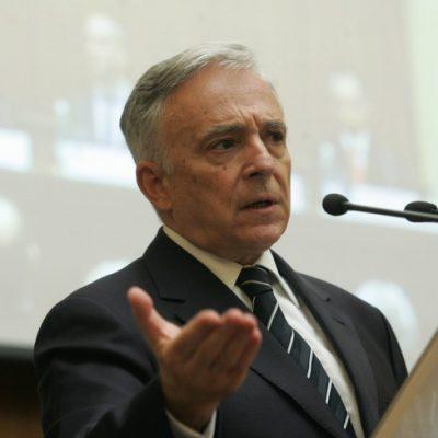Mugur Isărescu: Legea darii în plată va descuraja creditarea în România, va stopa creșterea economică