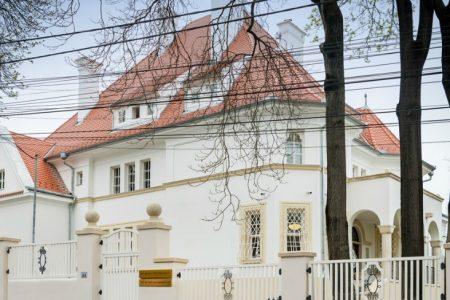 Banca Transilvania s-a mutat la Casa Albă. Instituția a inaugurat un sediu nou destinat clienților private banking