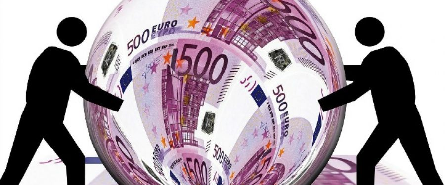 A crescut interesul băncilor pentru proiectele derulate cu fonduri europene: BCR, CEC Bank, Banca Transilvania și UniCredit Bank au dat credite de peste 820 milioane de euro în ultimul an