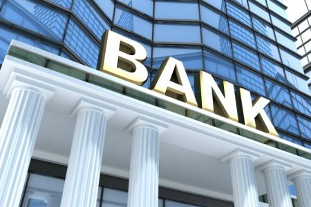După ce au supraviețuit unui amestec toxic, băncile încep să profite de faptul că statele din Europa de Est înregistrează cel mai puternic ritm de creștere din ultimii ani.