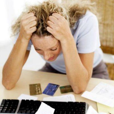 Cum să luați un credit astfel încât să aveți siguranța că nu riscați să vă creeze probleme financiare