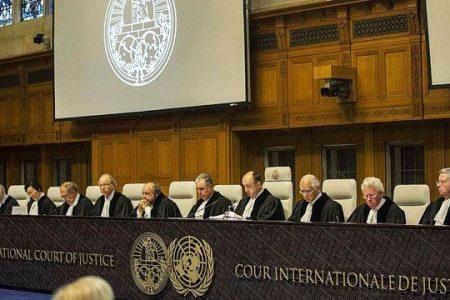 Raiffeisen Bank cere statului român să modifice legea dării în plată. Ce riscă România? Urmează procese în lanţ în tribunalele internaţionale