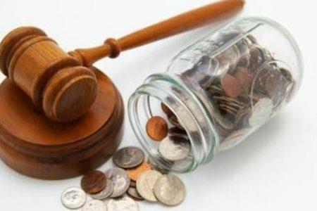"Valeriu Stoica, avocat: Legea darii in plata este o ""anomalie juridica"""