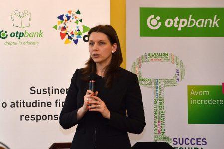 OTP Bank România lansează un nou proiect educaţional: cursuri gratuite de orientare în carieră