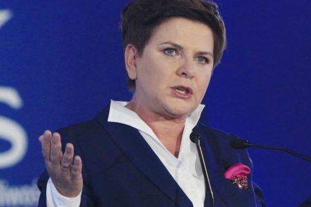 Beata Szydlo, Premierul Poloniei: Este puţin probabil să fie adoptată o lege mai restrictivă privind convertirea creditelor ipotecare
