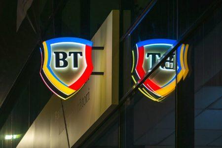 Banca Transilvania și-a dublat profitul în nouă luni, a crescut puternic creditarea și a rămas lider pe piața cardurilor