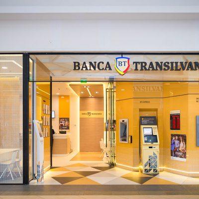 Aplicația BT Pay pentru cumpărături şi transfer de bani cu telefonul are peste 1.000 de descărcări pe zi