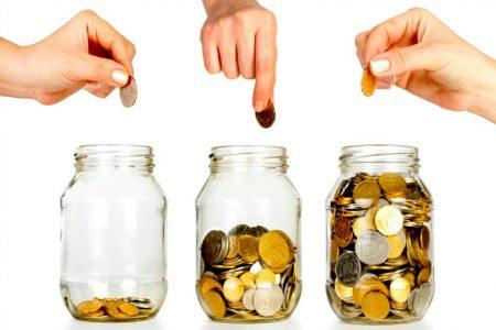 """Băncile au adoptat economisirea pe termen lung: dobânzile mici de la depozite au generat creșterea perioadelor de maturitate până la 4 ani! Iată unde găsim cele mai """"darnice"""" oferte."""