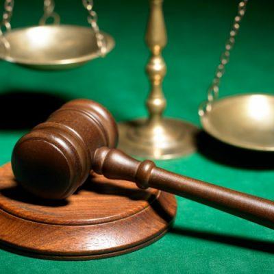 """Cum interpretează juriștii motivarea CCR pe """"darea în plată"""": Doar clienții cu probleme sociale vor beneficia de lege. Impreviziunea, lăsată la latitudinea judecătorilor"""