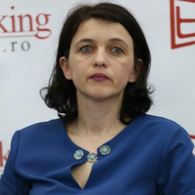 """Alina Fănăţan, Banca Transilvania, liderul industriei de carduri: """"În 2016, am crescut puternic pe segmentul cardurilor de credit. Anul acesta vrem să menținem trendul!"""""""