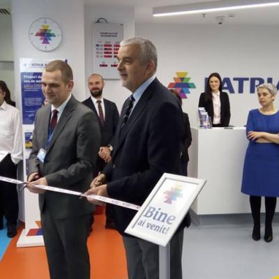 """Patria Bank deschide o sucursală concept în Bucuresti. Tică Dumitru: """"Vrem să le dovedim clienților că suntem partener cu care se lucrează simplu, usor si rapid."""""""