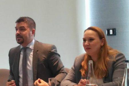 """BCR a lansat un Ghid pentru programul StartUp Nation. Lucian Mâțu: """"Manualul surprinde tot ceea ce trebuie să știe micii antreprenori, inclusiv 10 sfaturi esențiale!"""""""