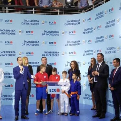 Sportivii români s-au antrenat pentru Jocurile Olimpice sub ochii bancherilor. BCR va susține COSR cu peste jumătate de milion de euro pe an pentru pregătirea viitorilor campioni