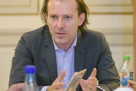Florin Cîțu, PNL, vorbește despre naţionalizarea Pilonului II: Banii nu sunt ai statului, ci privaţi, putând fi lăsaţi moştenire. În 10 ani, un client cu salariu minim a acumulat aproximativ 1.000 de euro