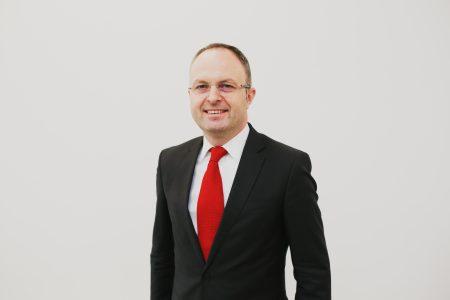UniCredit Bank lansează Creditul verde. Sorin Drăgulin: Noua soluție de creditare oferă o dobândă foarte bună, similară cu cea a creditului Prima Casă, dacă locuința are un consum redus de energie