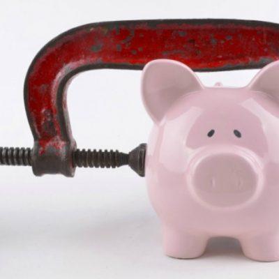 Comunitatea bancară este profund îngrijorată de consecințele negative ale proiectelor de lege privind sectorul financiar-bancar. Studiu privind impactul acestor acte normative
