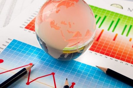 Economiştii susțin că ritmul galopant al inflaţiei va determina BNR să majoreze, în 4 aprilie, dobânda cheie. Ce scenarii macroeconomice au ING Bank, Banca Transilvania, UniCredit Bank şi Garanti Bank