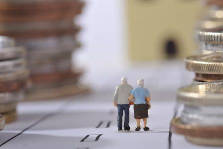 STUDIU sociologic la nivel național: 71% din populația activă dorește menținerea Pilonului II de pensie. 51% dintre români nu reușesc deloc să pună bani deoparte