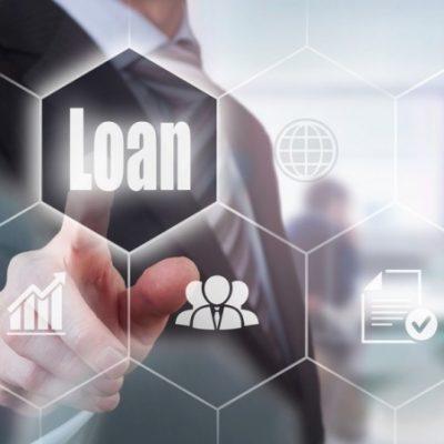 Românii economisesc mai mult, dar se împumută la fel de mult. Creditele și depozitele se situează la nivel record în luna august