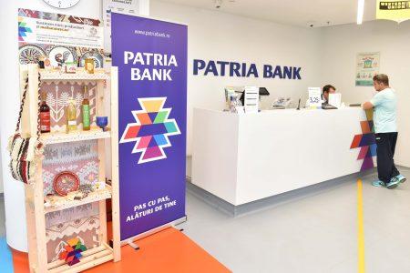 Micii producători îşi vor expune produsele tradiţionale româneşti în sucursalele Patria Bank, printr-un proiect de apropiere a comunităților urbane de cele rurale
