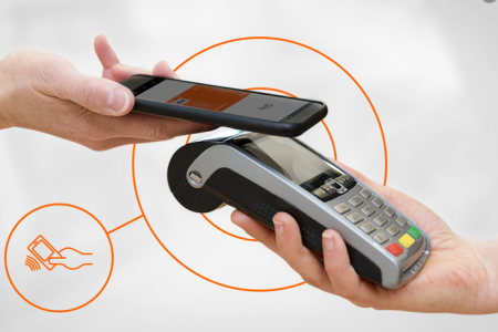 Tranzacții mai simple cu telefonul mobil pentru clienții ING Bank. Nu mai trebuie să vorbim despre smartphone în banking ca un trend, ci ca o realitate prezentă