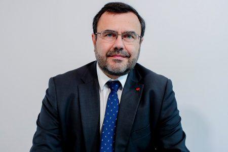 François Bloch se așteaptă ca taxa pe active să fie schimbată. BRD va rămâne în România prin eficientizarea activității.
