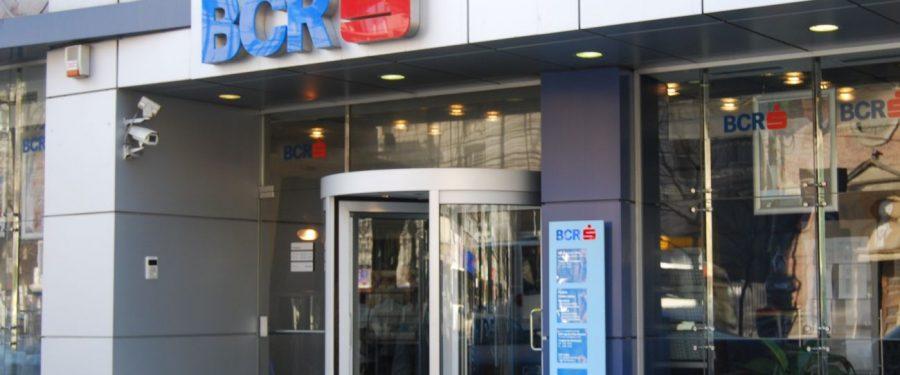 BCR a implementat o soluție de plata cu cardurile contactless în transportul public din Oradea