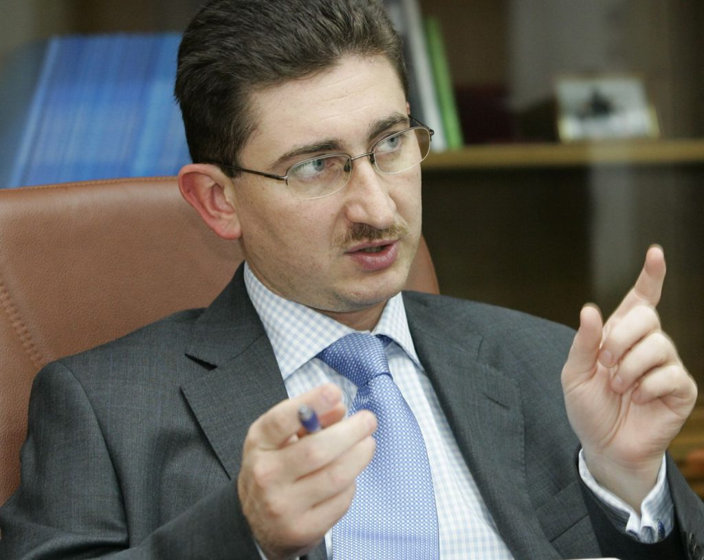 Bogdan Chiriţoiu: o înţelegere care nu creşte preţurile are şanse să fie permisă de Legea Concurenţei. Și acordul de la Viena a fost o înțelegere ca băncile să nu scoată bani din țară