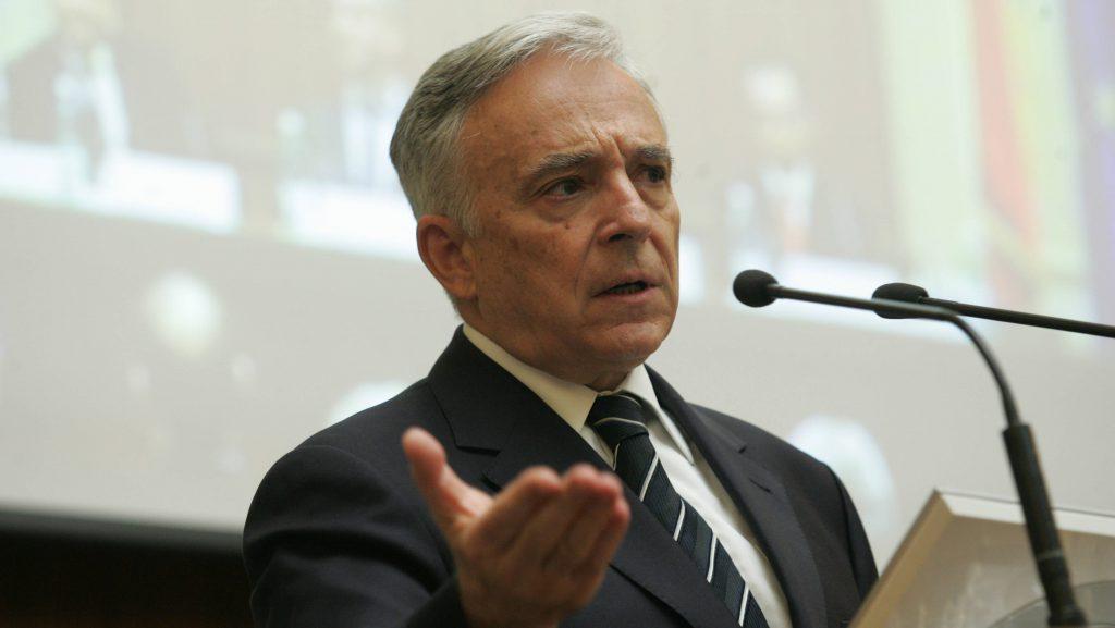 Mugur Isărescu: Impactul taxei pe lacomie este sever. ROBORUL, teroristul din umbră