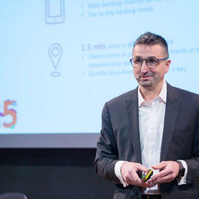 ING Bank la final de mandat pentru Michal Szczurek: banca și-a crescut veniturile și cota de piață, iar în 2019 implementează un nou concept de sucursală